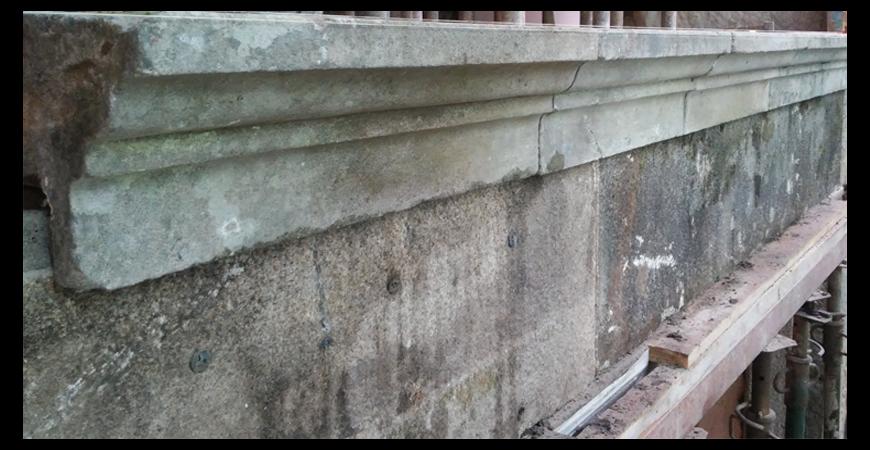 Restauración y envejecimiento de fachada y patio