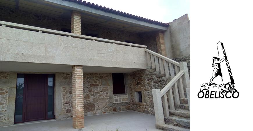 Balaustrada y balcón